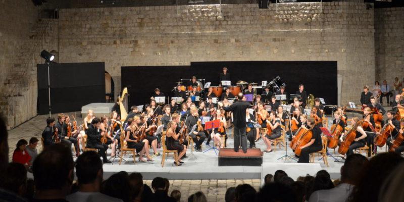 2011_Croatie_concert-remparts-dubrovnic-festival-professionnel-1400x600